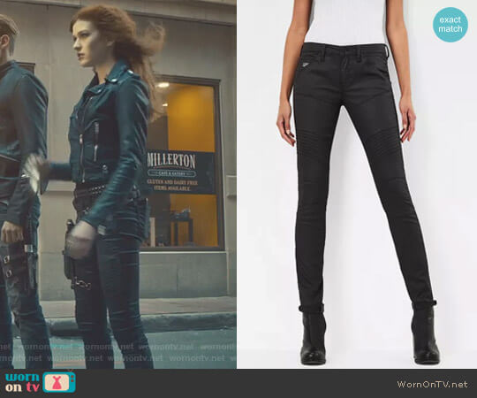 5620 Custom Mid Skinny Jeans by G-Star Raw worn by Clary Fray on Shadowhunters