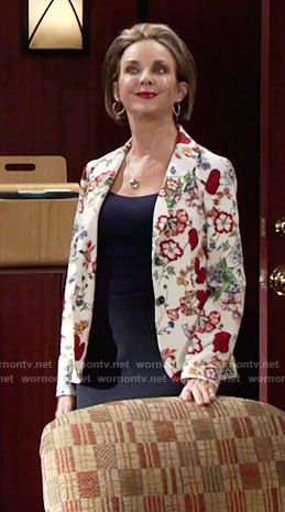 Gloria's floral blazer on The Young and the Restless