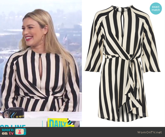 Stripe Knot Front Shift Dress by Topshop worn by Carissa Loethen Culiner on E! News