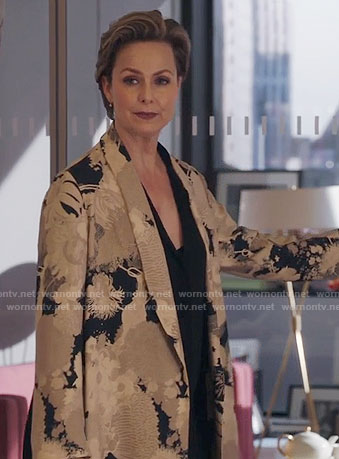 Jacqueline's beige floral coat on The Bold Type
