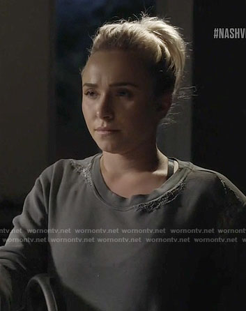 Juliette's grey sweatshirt with lace detail on Nashville