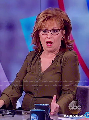 Joy's long sleeve grommet top on The View