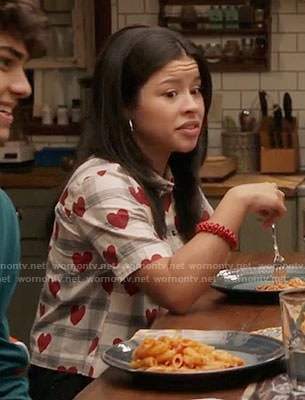 Mariana's plaid and heart print shirt on The Fosters