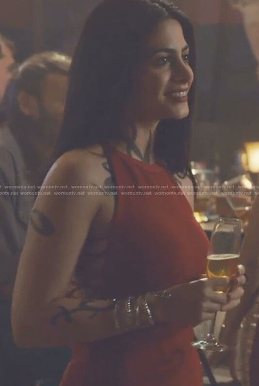 Isabelles' red open back bodycon dress on Shadowhunters