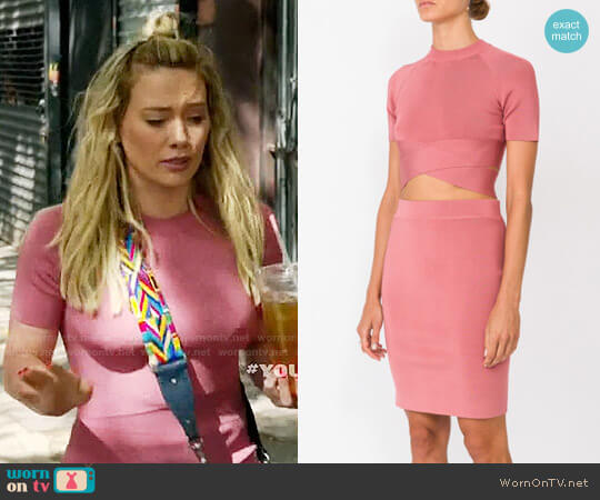 T by Alexander Wang Criss Cross Raglan Top and Skirt worn by Hilary Duff on Younger
