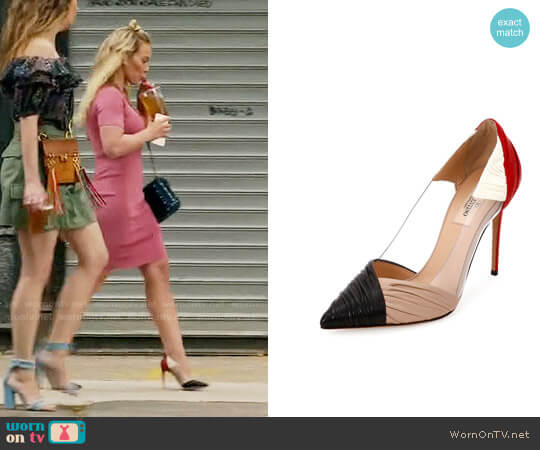 Valentino Garavani B-Drape Leather 100mm Pump worn by Hilary Duff on Younger