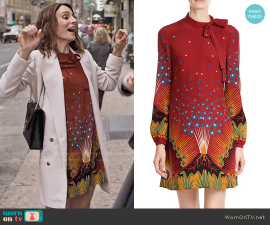 Valentino Volcano Dress worn by Samantha Delmonico (Annie Parisse) on Friends from College
