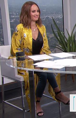 Catt's yellow floral kimono on E! News Daily Pop