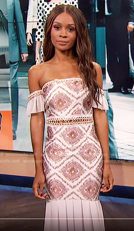 Zuri's off-shoulder dress on E! News