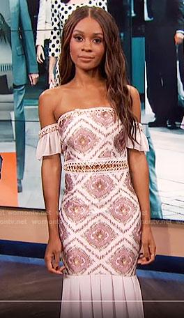 Zuri's off-shoulder dress on E! News