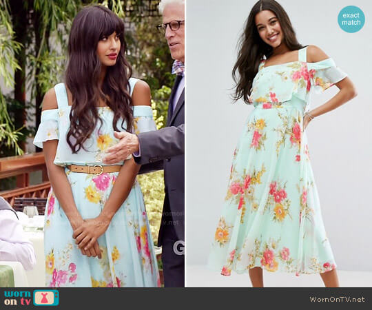 ASOS Cami Cold Shoulder Flutter Sleeve Midi Dress in Floral Print worn by Jameela Jamil on The Good Place