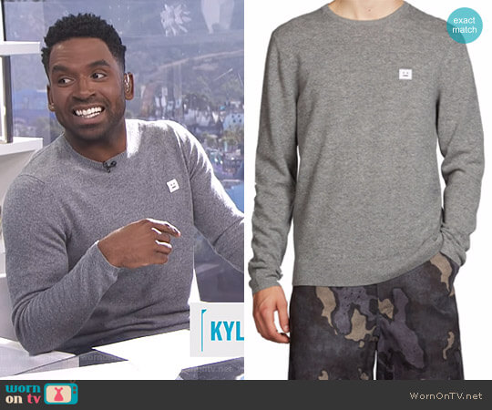 Dasher O Face Wool Pullover by Acne Studios worn by Justin Sylvester on E! News