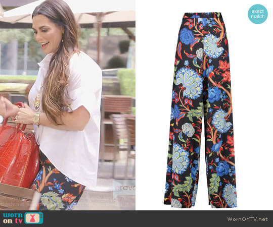 'Elinor' Printed Satin Wide-Leg Pants by Alice + Olivia worn by D'Andra Simmons on The Real Housewives of Dallas