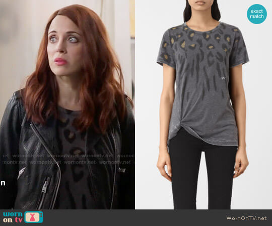 All Saints Lao Mellon Tee worn by Jo (Alanna Ubach) on GG2D