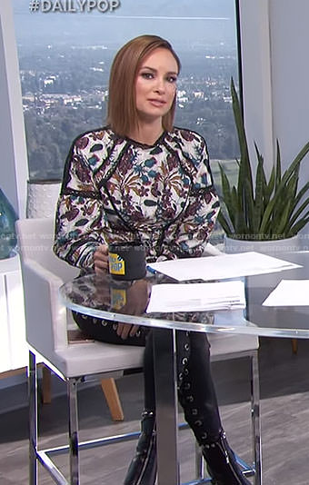 Catt's floral lace top and black lace-up jeans on E! News Daily Pop