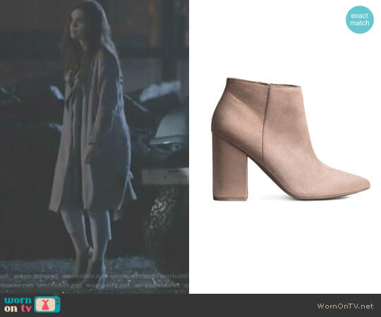 Ankle Boot by H&M worn by Lydia Martin (Holland Roden) on Teen Wolf