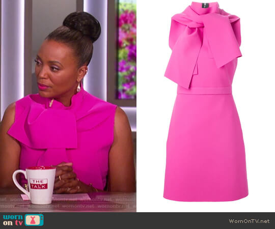 Tie-neck dress by MSGM worn by Aisha Tyler on The Talk