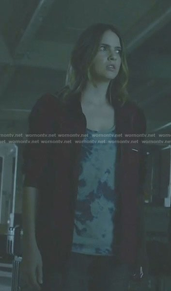 Malia's red jacket and tie dye top on Teen Wolf