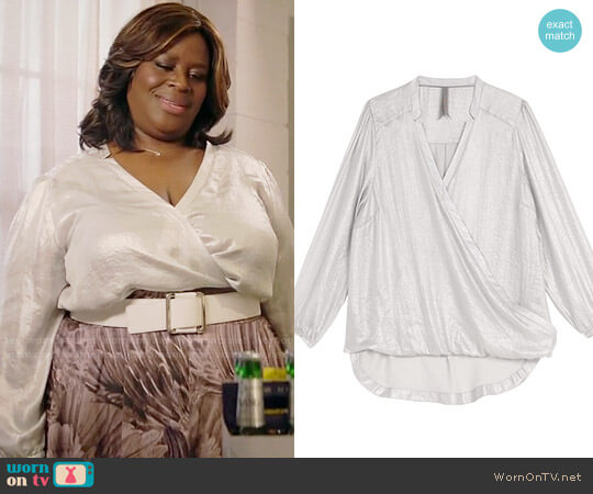 Melissa McCarthy Seven7 Crinkle Metallic Surplice Notch Collar Top worn by Barbara (Retta) on GG2D