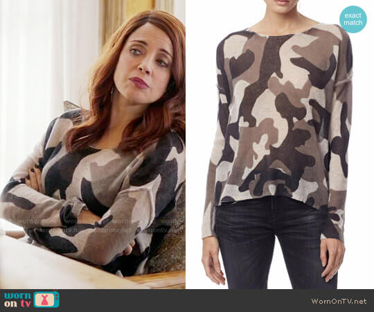 Skull Cashmere Camo Sweater worn by Alanna Ubach on GG2D