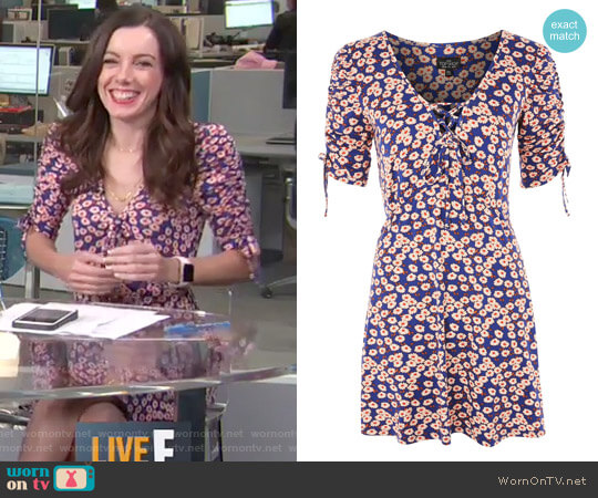 Frill Tea Dress by Topshop worn by Melanie Bromley  on E! News