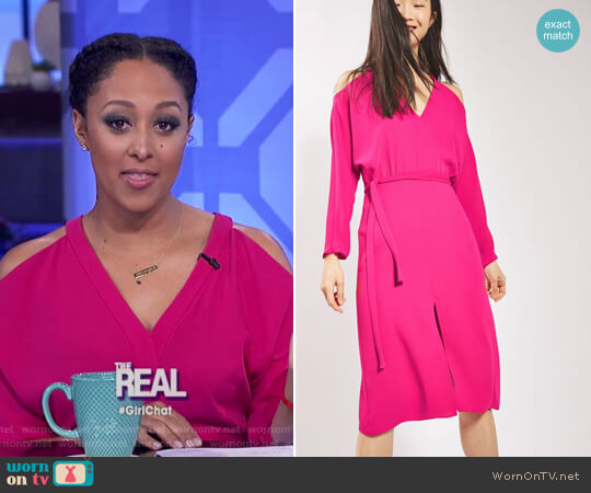 Cold Shoulder  V-neck Midi Dress by Topshop worn by Tamera Mowry (Tamera Mowry) on The Real
