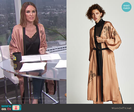 Embroidered Satin Kimono by Zara worn by Catt Sadler on E! News