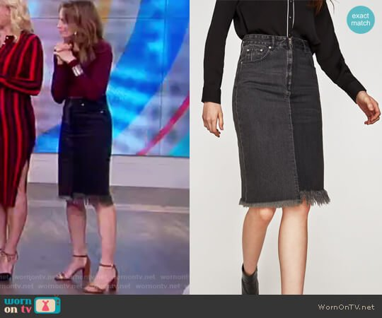Two-Tone Denim Midi Skirt by Zara worn by Jedediah Bila  on The View