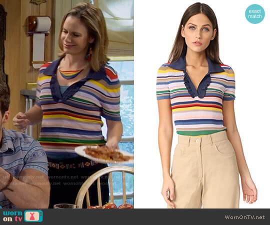 Alice + Olivia Martha Top worn by Andrea Barber on Fuller House