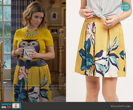 Anthropologie Tropicale Skirt worn by Andrea Barber on Fuller House