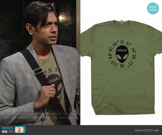 Aliens Head Area 51 Tee worn by Abhi Sinha on The Young & the Restless