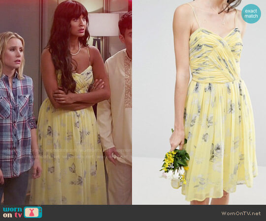 ASOS WEDDING Rouched Midi Dress in Sunshine Floral Print worn by Jameela Jamil on The Good Place