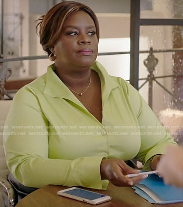 Barb's lime green button down shirt on Girlfriends Guide to Divorce
