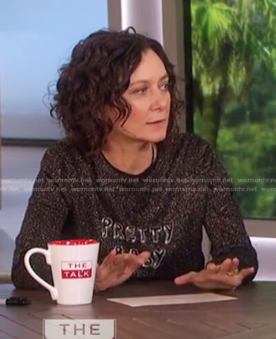 Sara's black metallic sweater on The Talk