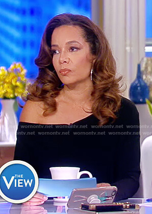 Sunny's black drop shoulder dress on The View