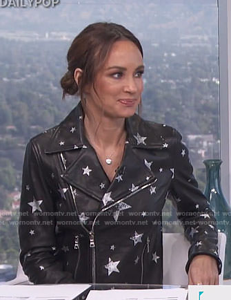 Catt's black star print moto jacket on E! News Daily Pop