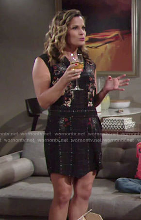 Chelsea's black floral and check print shirtdress on The Young and the Restless