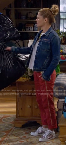 DJ's denim jacket and glitter sneakers on Fuller House