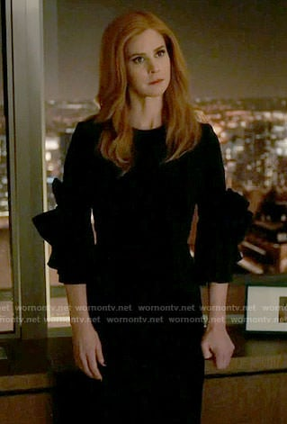 Donna's black bow-sleeve dress on Suits