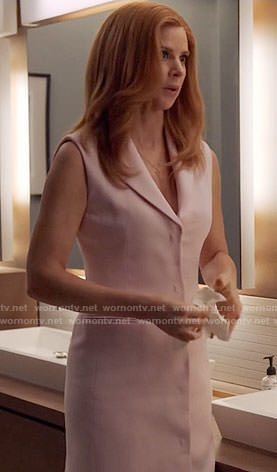 Donna's pink sleeveless blazer dress on Suits