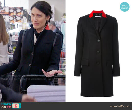Givenchy Contrast Collar Coat worn by Lisa Edelstein on GG2D