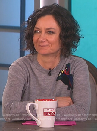 Sara's grey patch sweater on The Talk