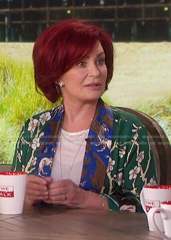 Sharon's green floral print robe on The Talk