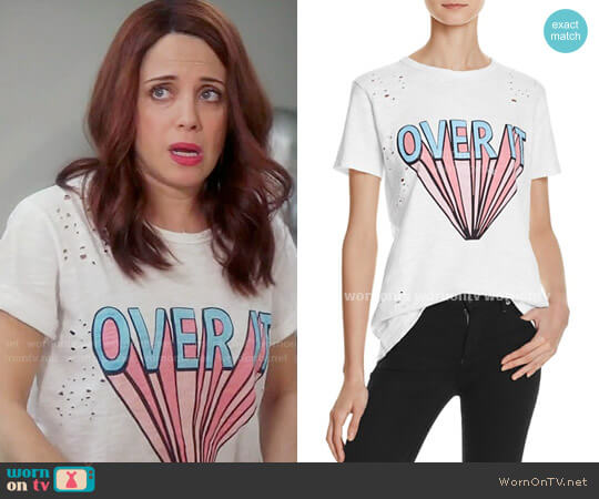 Honey Punch Over It Tee worn by Alanna Ubach on GG2D