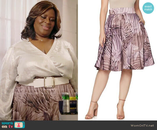 Melissa McCarthy Seven7 Pleated Full Skirt worn by Barbara (Retta) on GG2D
