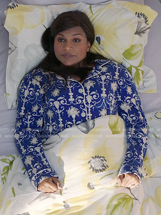 Mindy's blue and white printed pajamas on The Mindy Project