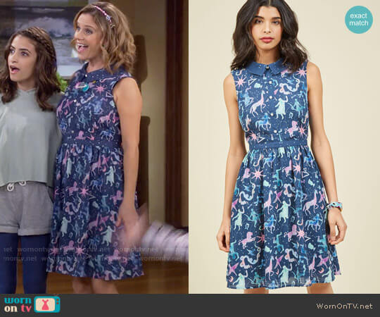 ModCloth Ethereal Enchantment Shirt Dress worn by Kimmy Gibbler (Andrea Barber) on Fuller House