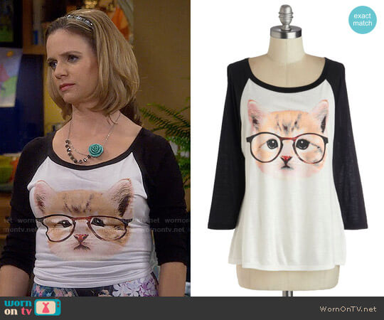 ModCloth Purr-fect Vision Top worn by Kimmy Gibbler (Andrea Barber) on Fuller House