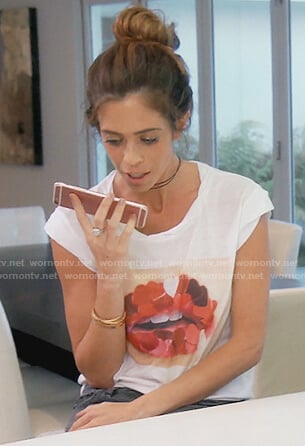 Lydia's lips graphic tee on The Real Housewives of OC