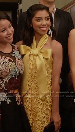 Poppy's yellow lace prom dress with bow on The Fosters